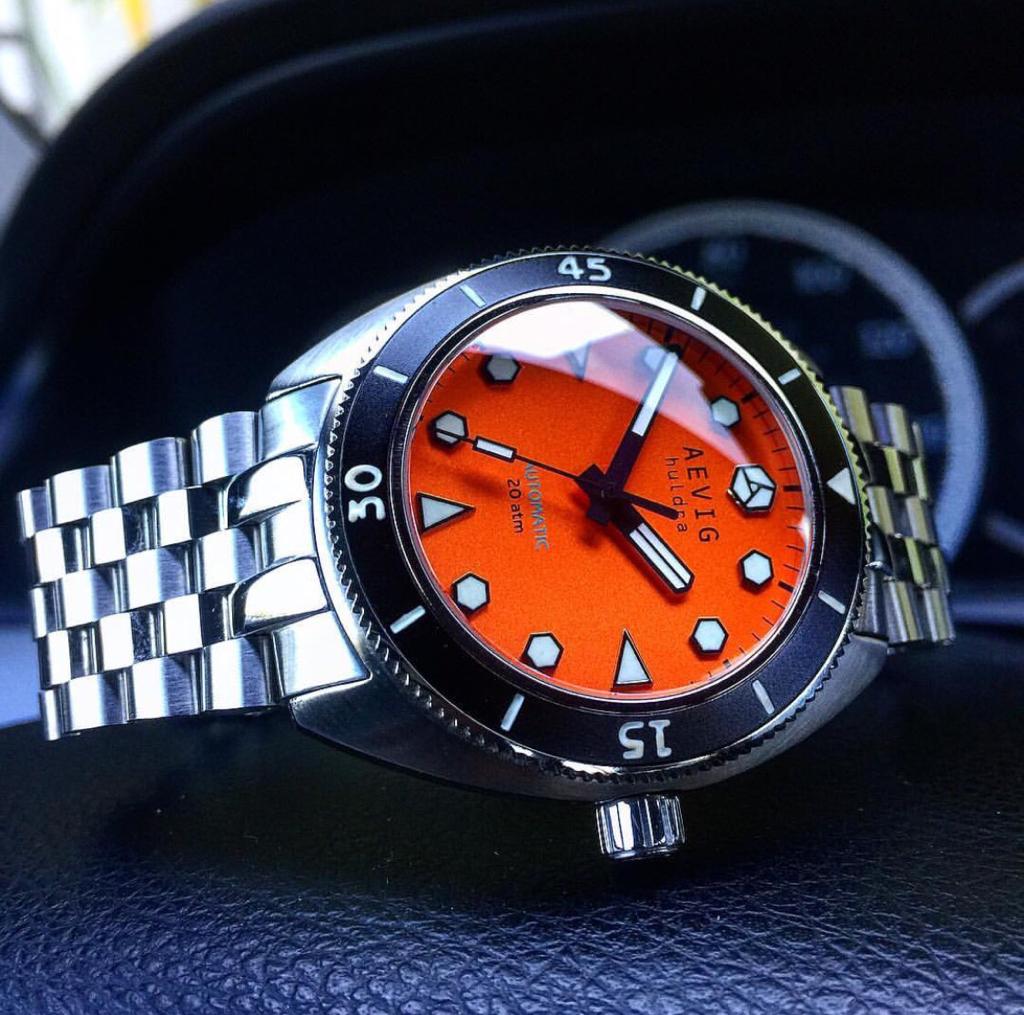 Aevig orange huldra dive watch on bracelet - Orange dive watch ...