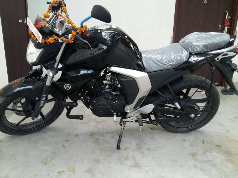 Fz Version 2 Black Colour >> [Ownership Thread]: Yamaha FZ16 version 2.0 - Page 118