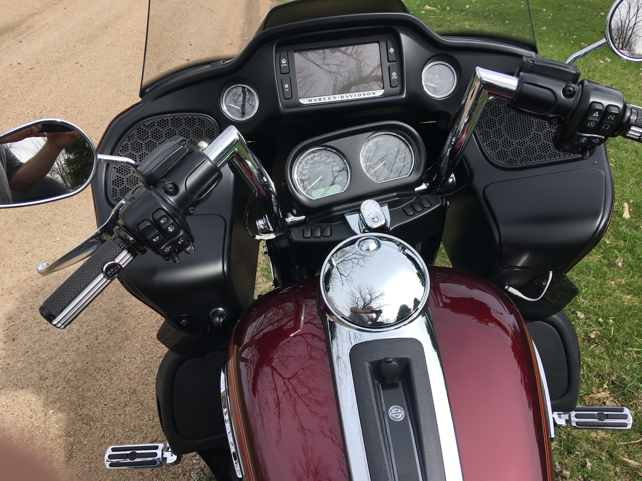 Chizeled LO on RGU???? - Page 2 - Road Glide Forums