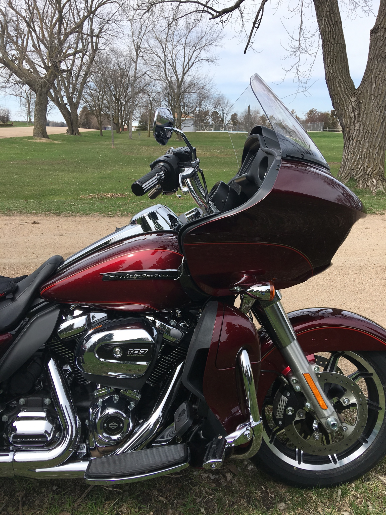 Chizeled LO on RGU     - Page 2 - Road Glide Forums 977fd3888edd0