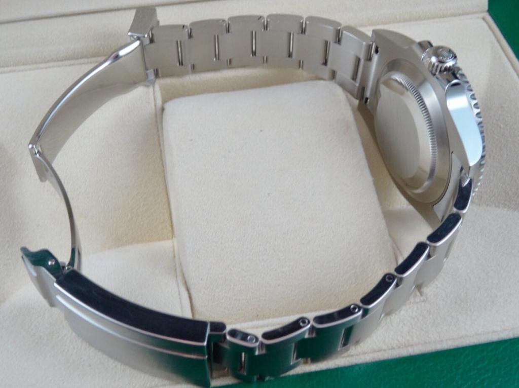 Rolex Submariner Date Ceramic 116610 Random Serial - Complete with Warranty