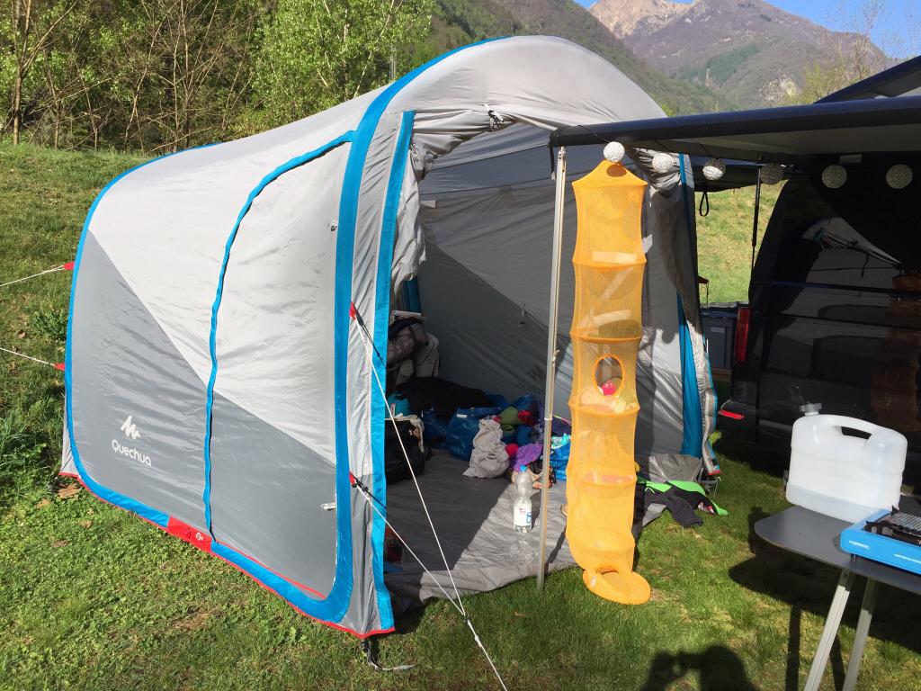 quechua pavillon air test das quechua wurfzelt pavillon. Black Bedroom Furniture Sets. Home Design Ideas