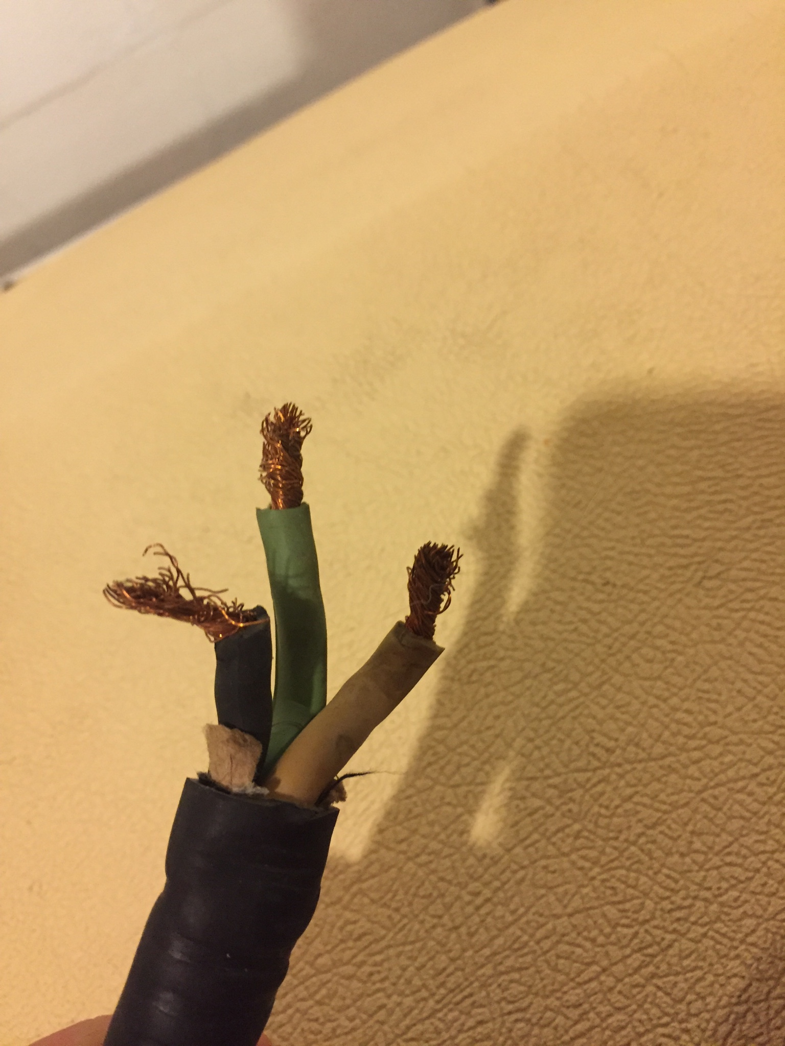 Electrical Help 220v Tanning Bed Issue - Electrical