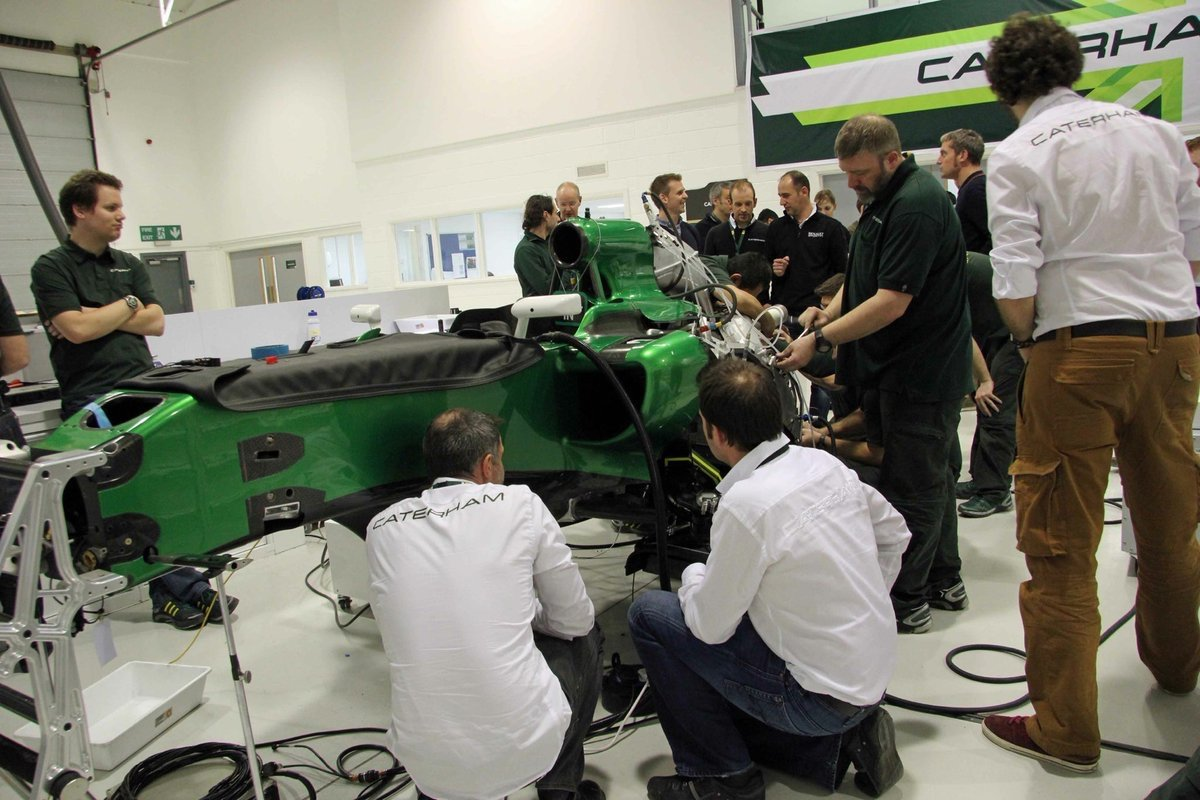 Caterham Ct-05 Renault - Page 26