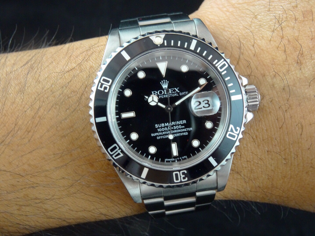 4caff637bc6 Rolex Submariner with Date 16610 - Box and Papers - VG Condition (Rolex)