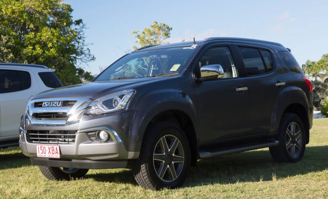 2017 2nd Half Isuzu Mux Facelift