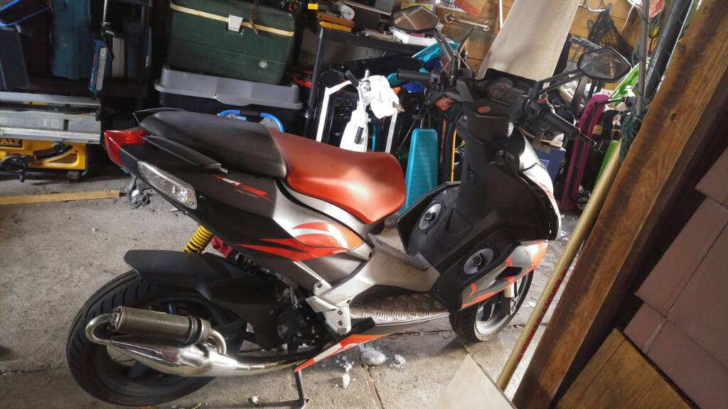 My weight and Perfomrance on 2003 Aprilia sr 50 Ditech