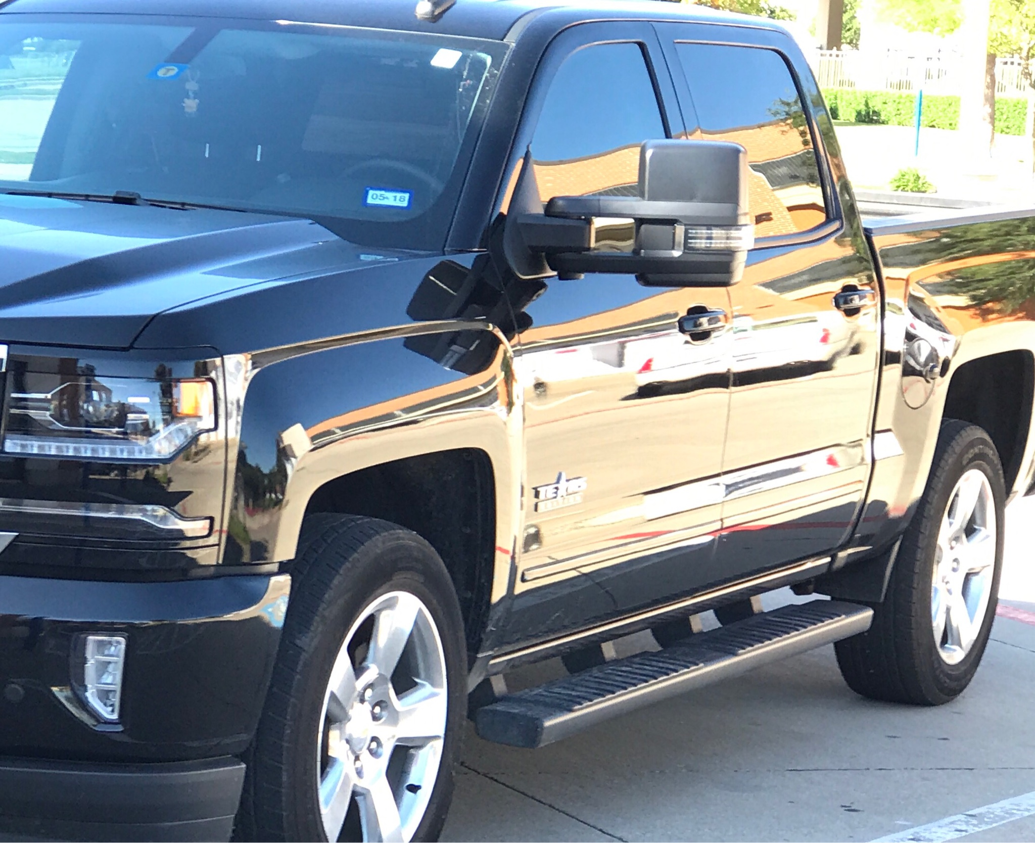 Pics of 1500s with tow mirrors - 2014 - 2018 Chevy ...