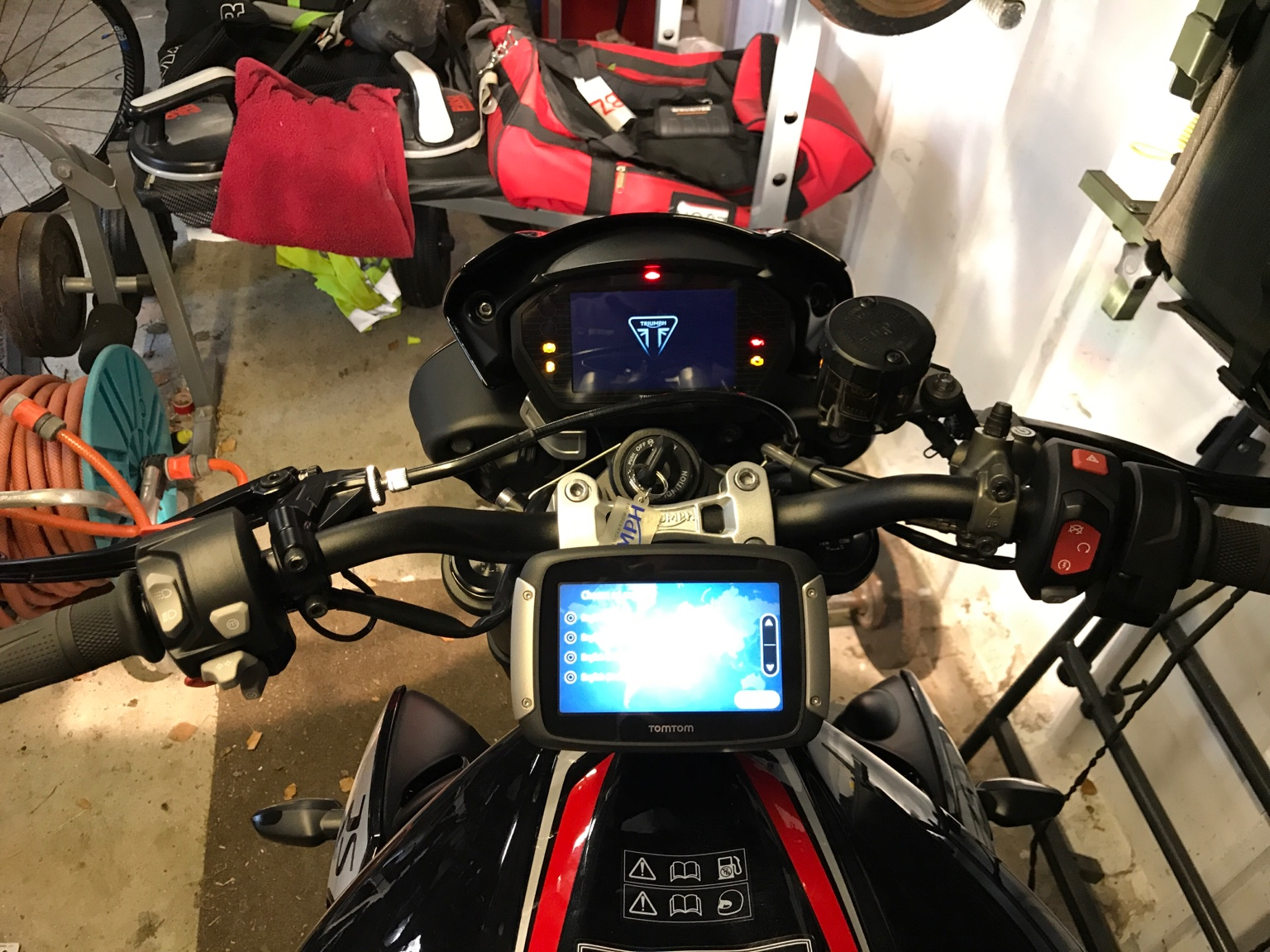 765rs Tomtom Rider 410 Fitted Pics