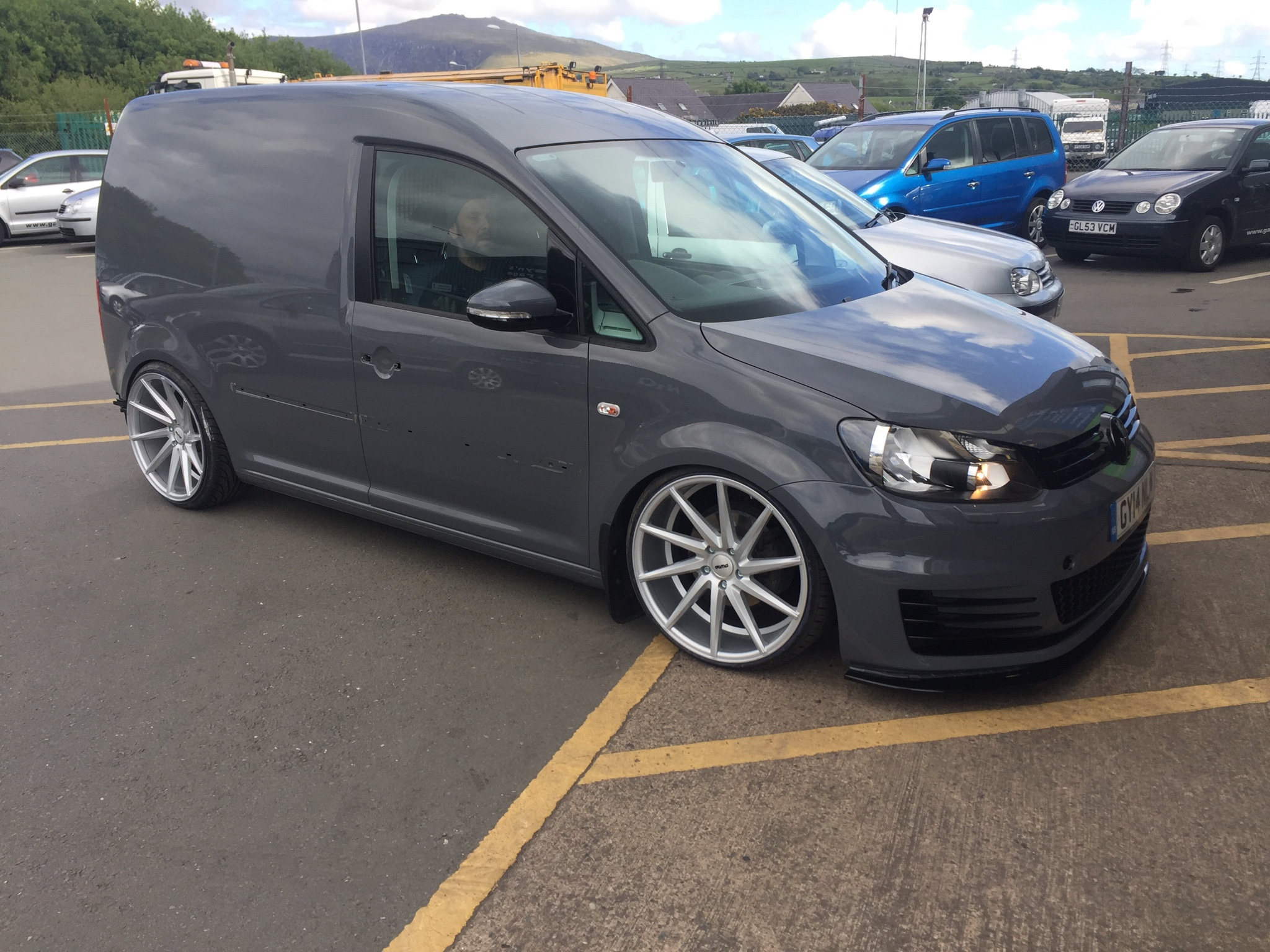 My Caddy On 20inch Wheels And Gti Mk7 Front Page 2