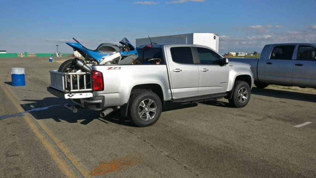 Lifted Chevy Colorado >> Motorcycle Hauling pictures - Page 2 - Chevy Colorado ...