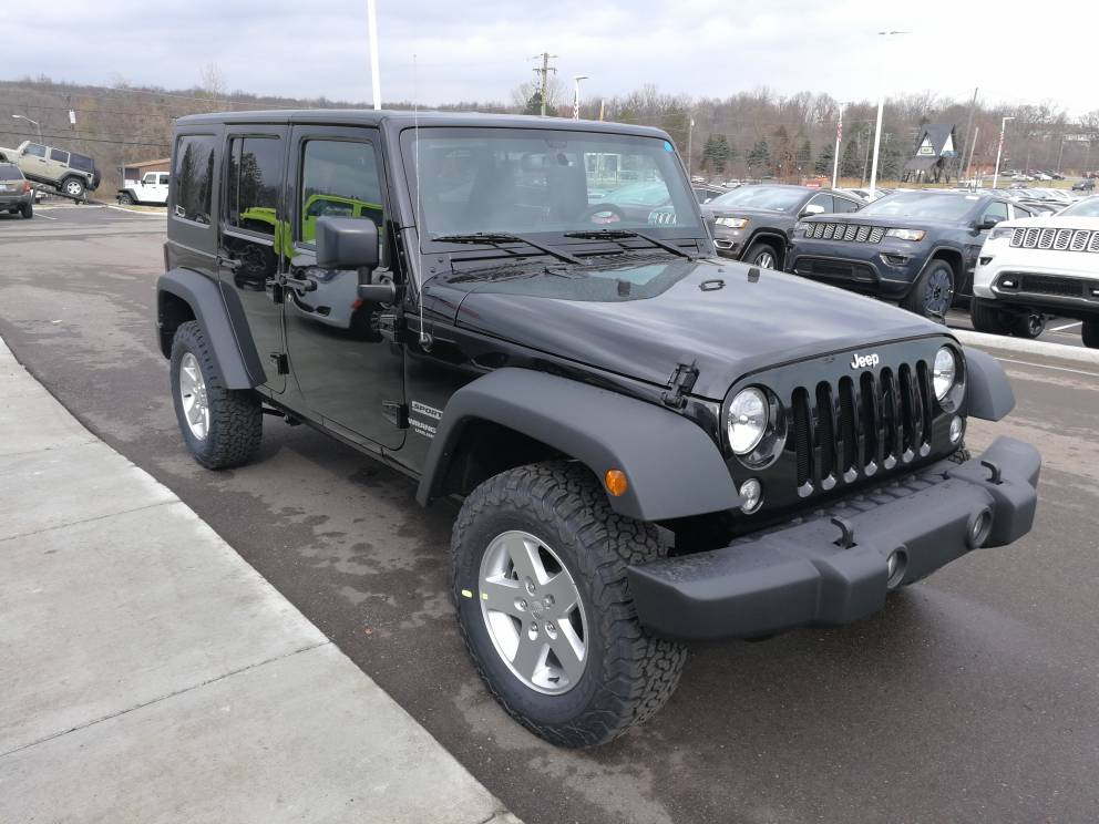 my new 2017 jeep wrangler unlimited sport s has the. Black Bedroom Furniture Sets. Home Design Ideas