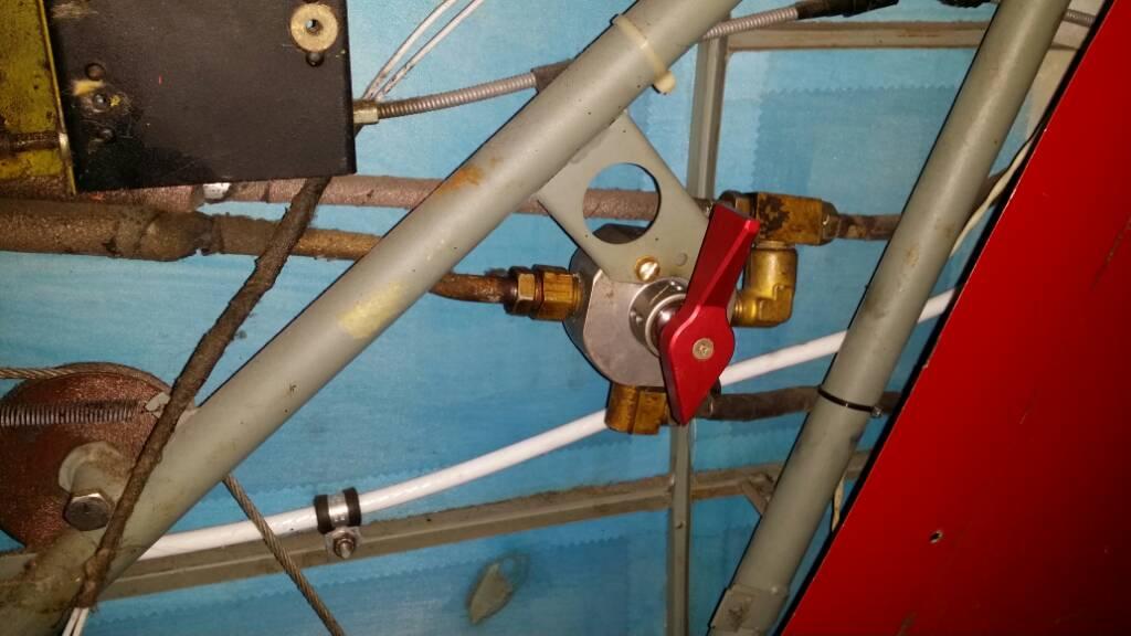 Installing a Dakota Cub Fuel Valve