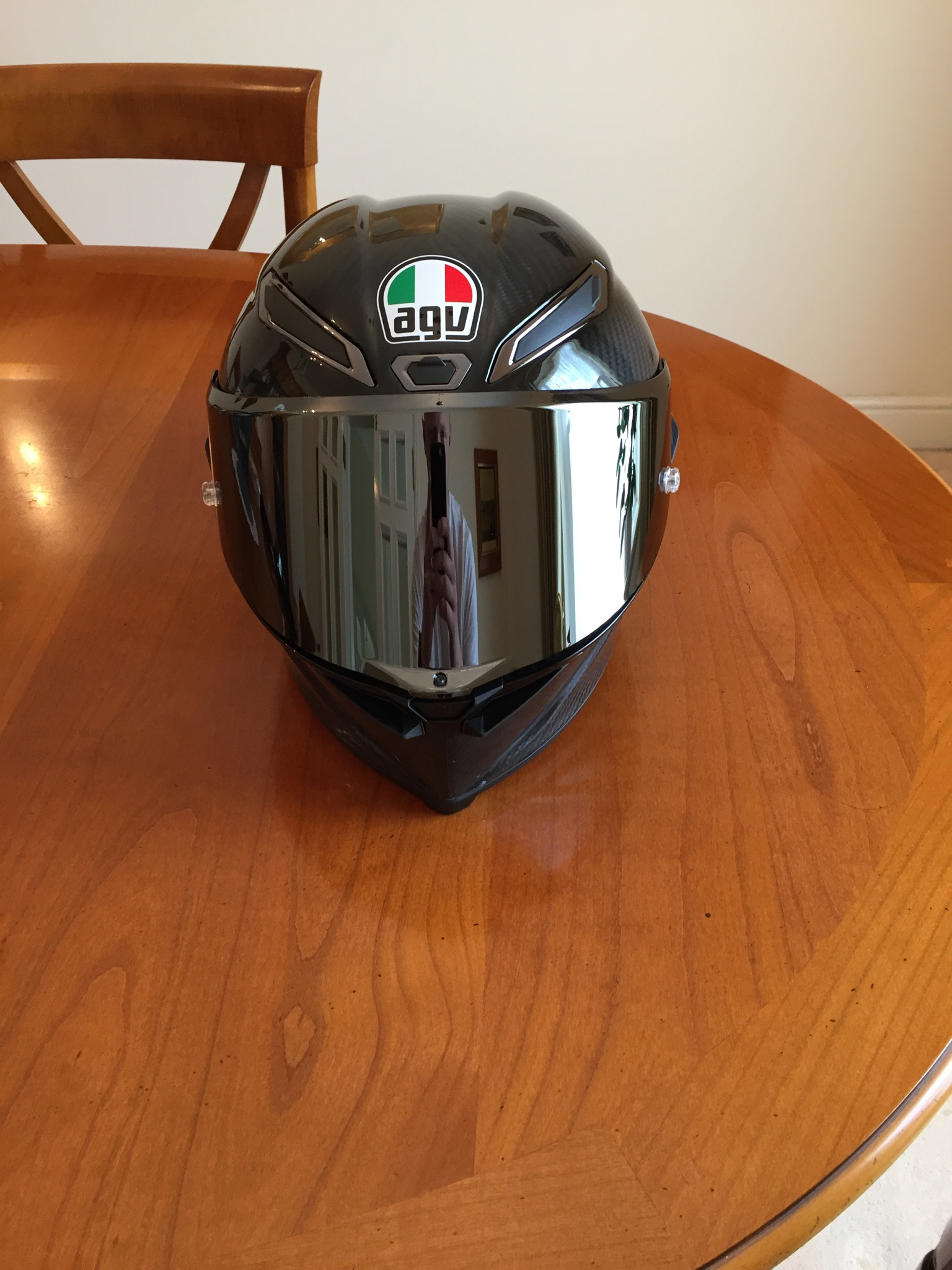 agv pista gp r review from a former pista gp owner. Black Bedroom Furniture Sets. Home Design Ideas
