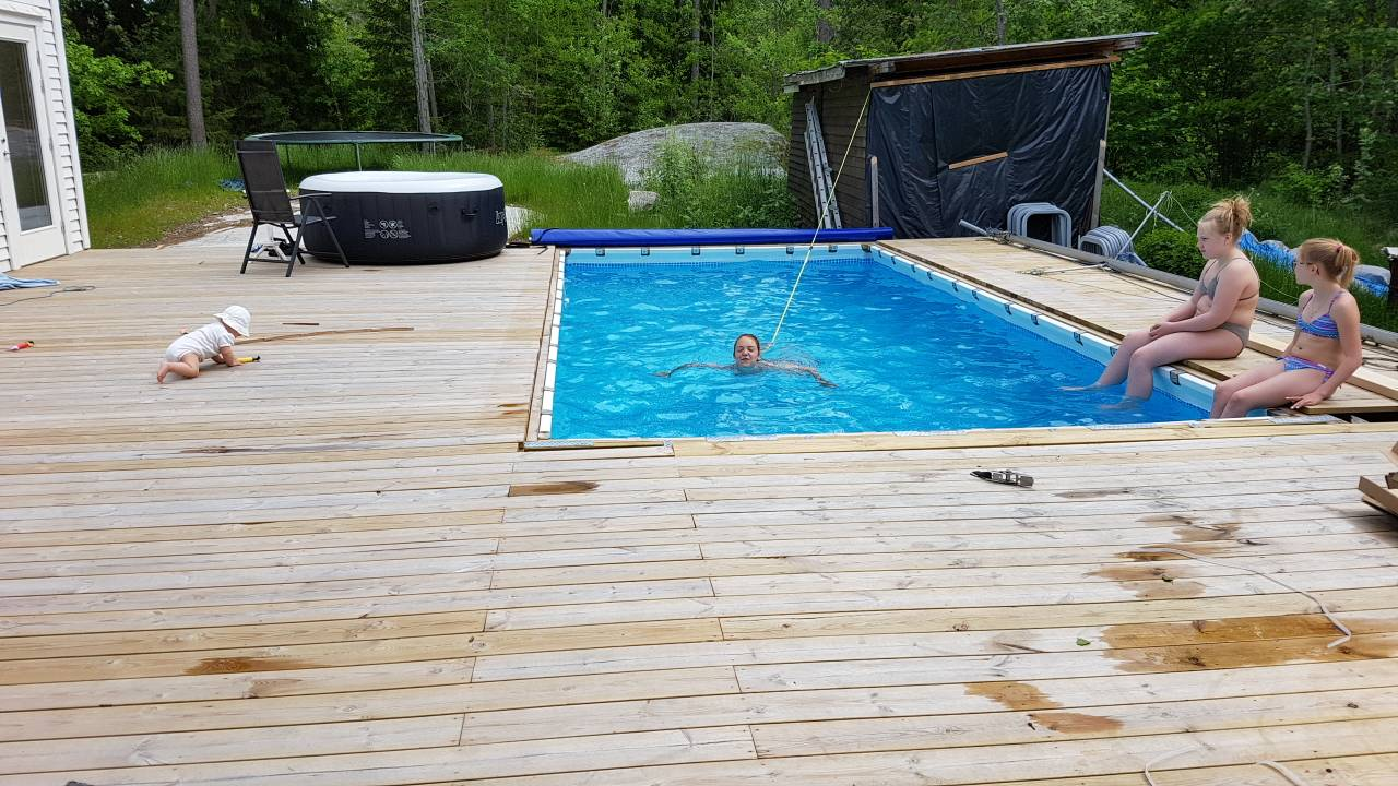 hanging a rectangular intex ultra frame pool directly from the pool deck page 13. Black Bedroom Furniture Sets. Home Design Ideas