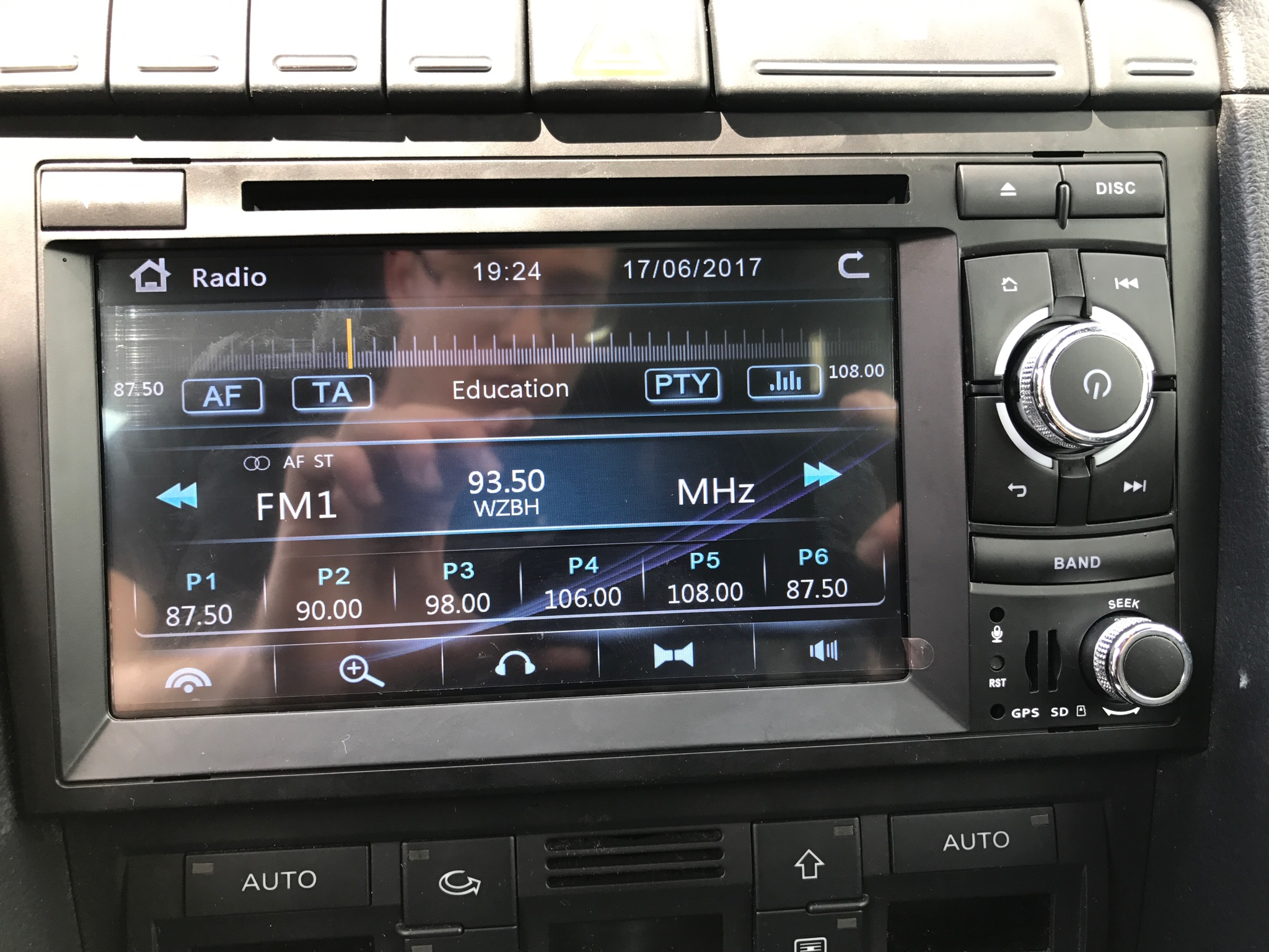 Show me your B7 aftermarket Nav installs- - Page 68