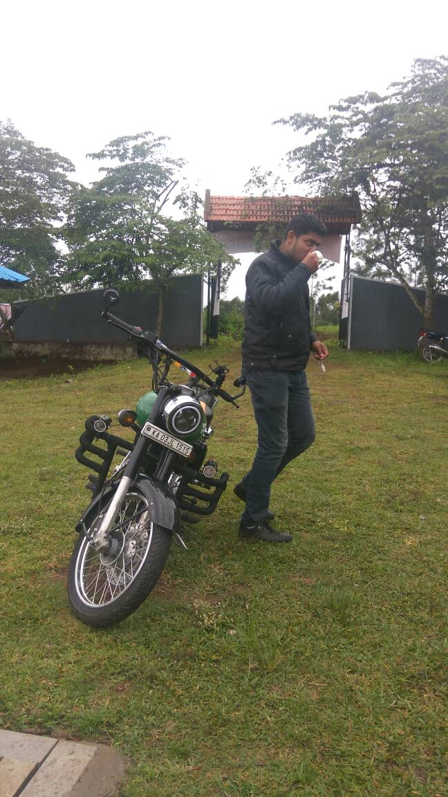 Avenger 150 And Bullet 350  Coorg Ride
