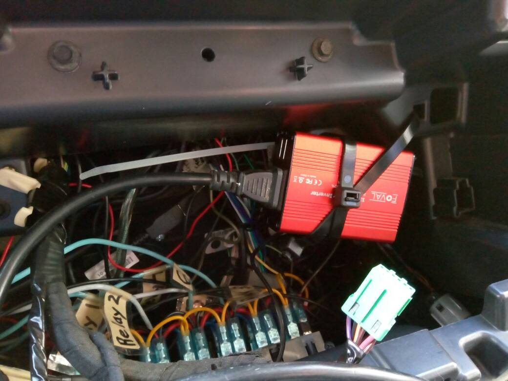 A Newbies Guide To 4th Gen Cummins Thread Summaries Knowledge Base Forum O View Topic Mini Max Wiring With Steering Wheel Push Button The Grounds Run Switch Lights So I Added Spade Splitter And Then Both Original Ground Inverters Like In Boat