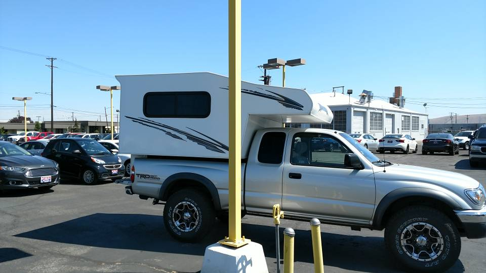 2007 Panther Cascade Camper for small Import/domestic truck