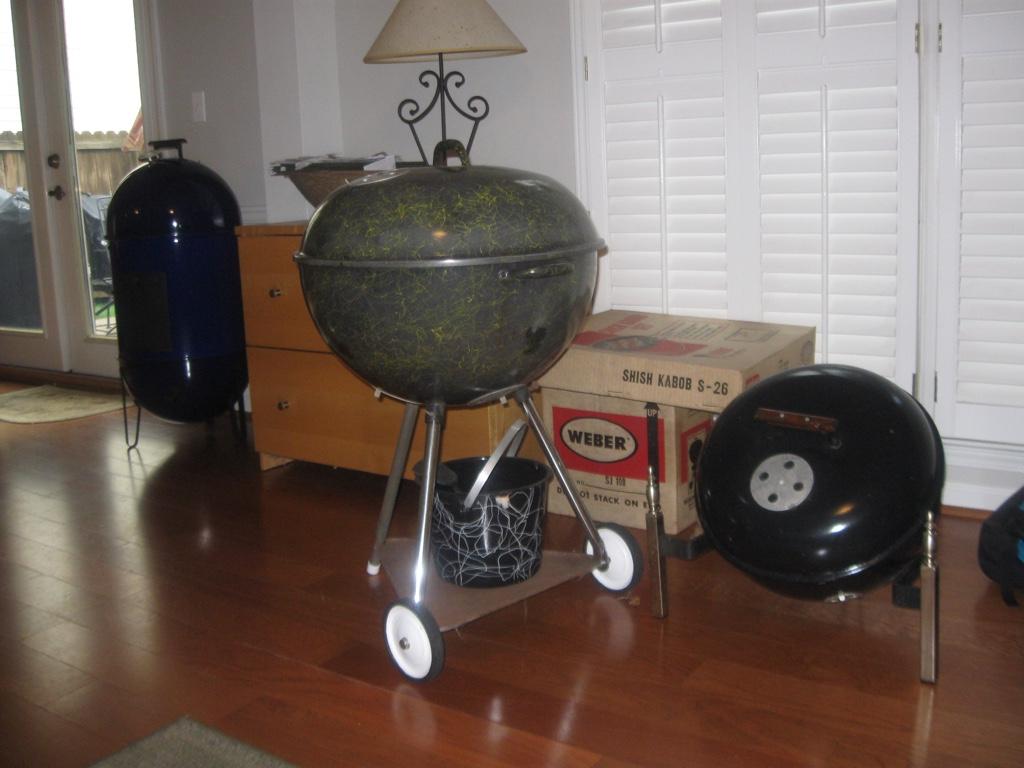 weber fireplace kettle. Black Bedroom Furniture Sets. Home Design Ideas