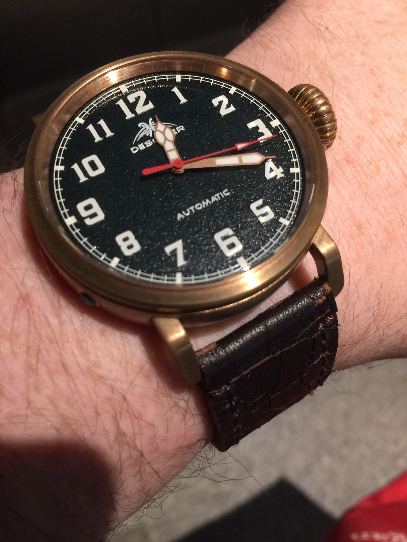 d19c140efce Help on 42mm+ watches that have vintage look (maybe pilot style )