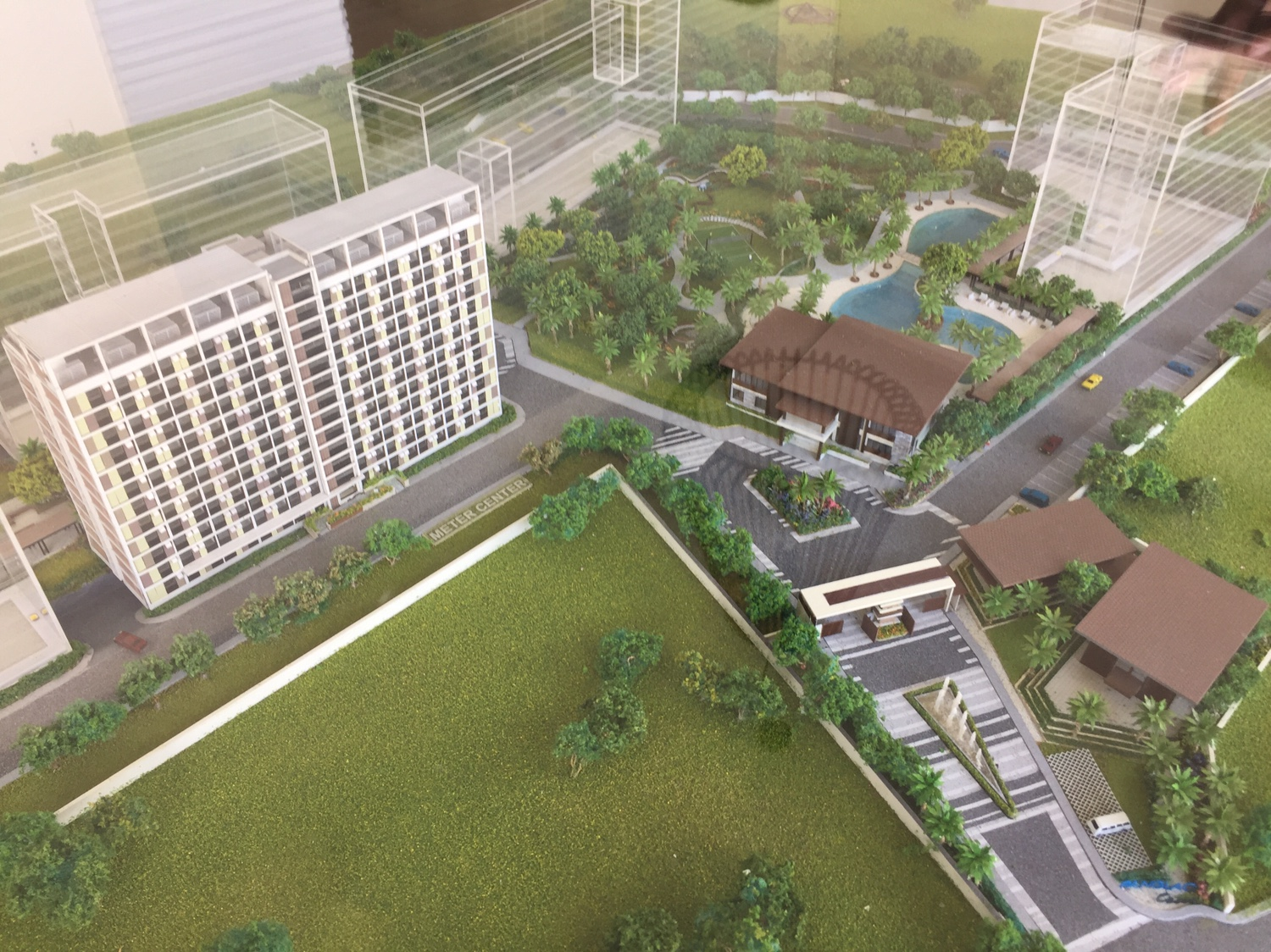 TAGUIG   Panglao Oasis [6T 12F res] - SkyscraperCity