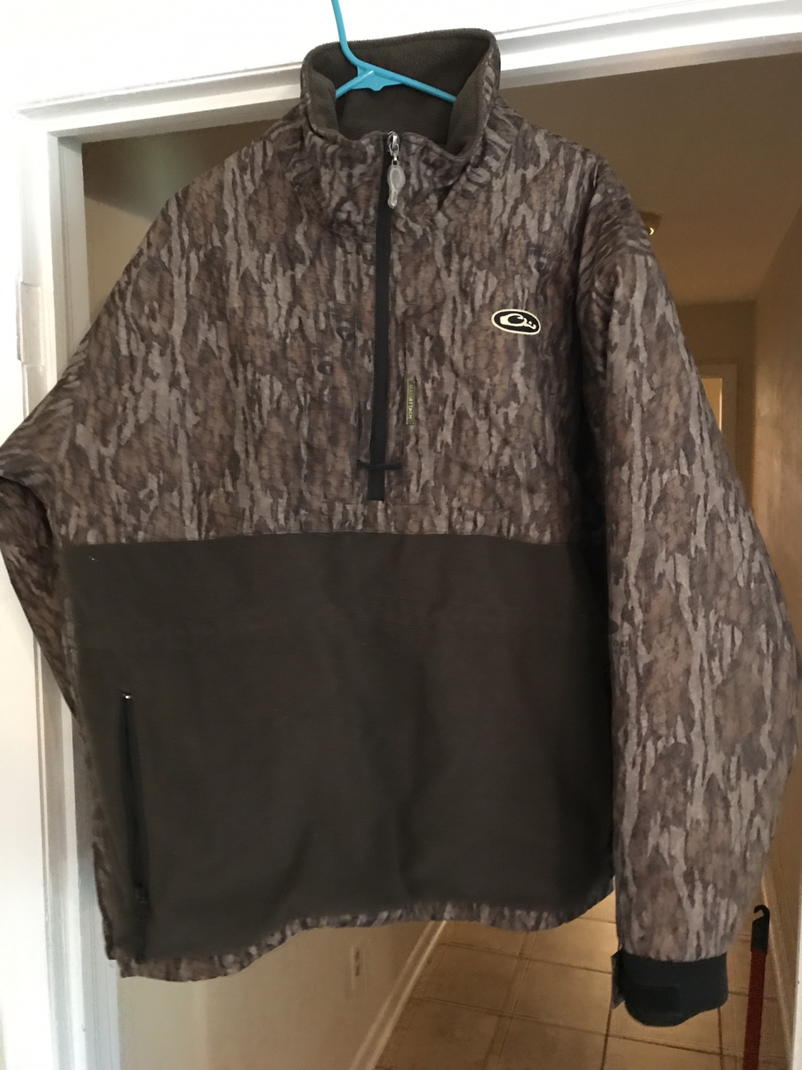 sales under armour jackets brown