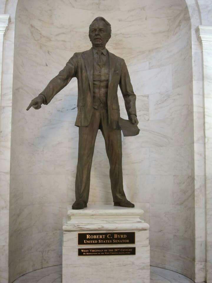 Racist Robert Byrd statue