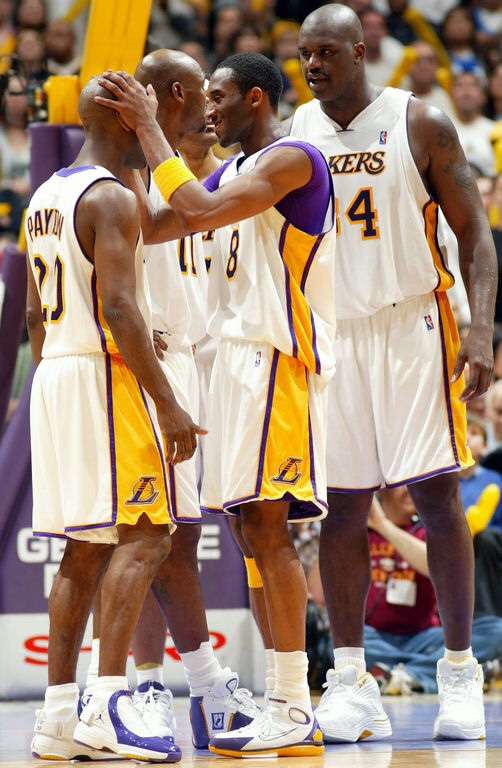 1ebb70ef9 Imma need 2K to have that Kobe hair popping. Don t just throw old Kobe with  the bald head on there man.