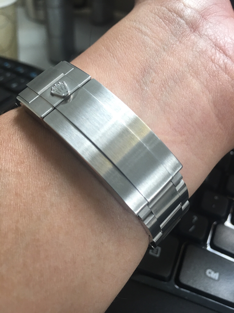 Appraiser scratched my new Rolex, advice needed  - Page 4