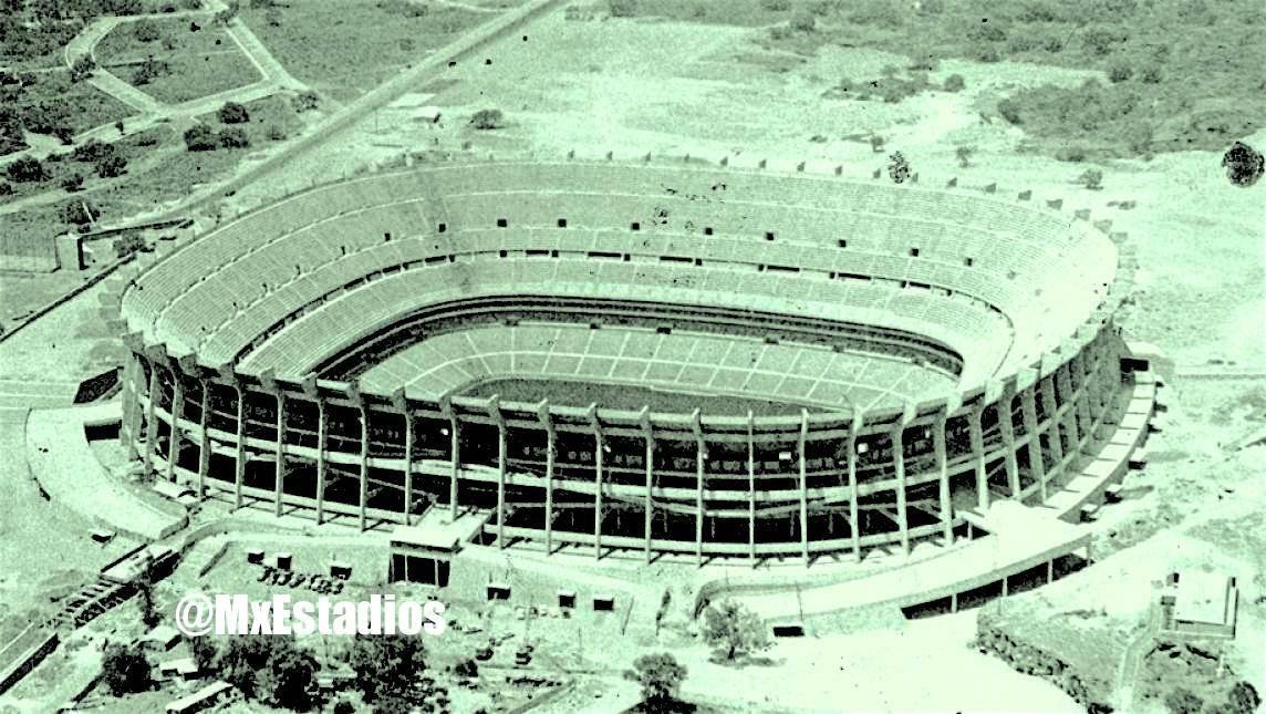 ARQUITECTURA | Estadios | Información y fotografías - Page 953 ...