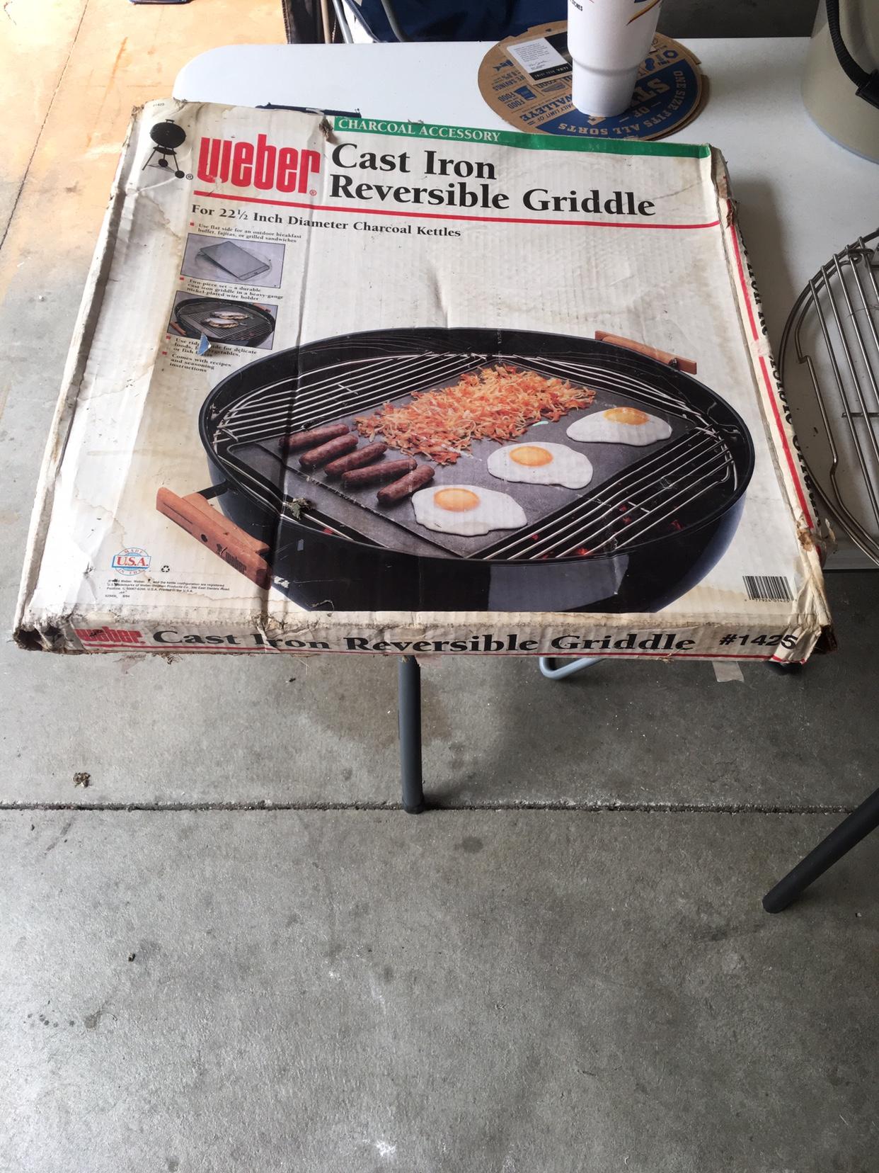 Weber 1425 cast iron reversible griddle NIB find