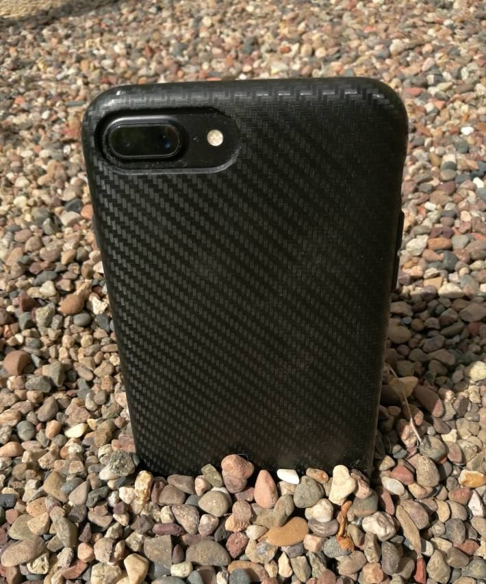 sale retailer a8c12 3f785 Rhinoshield SolidSuit Carbon Fiber Finish Case and Tempered Glass ...