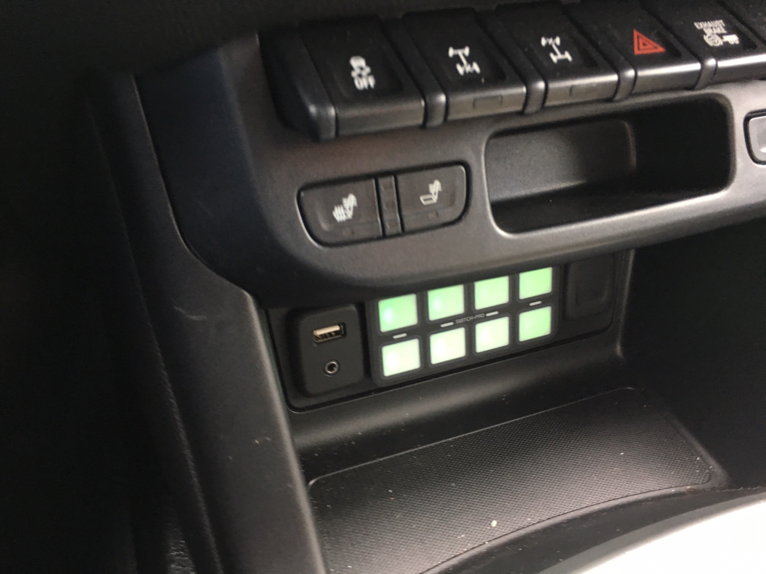 Lets see your switch setups?? - Page 7 - Chevy Colorado ...