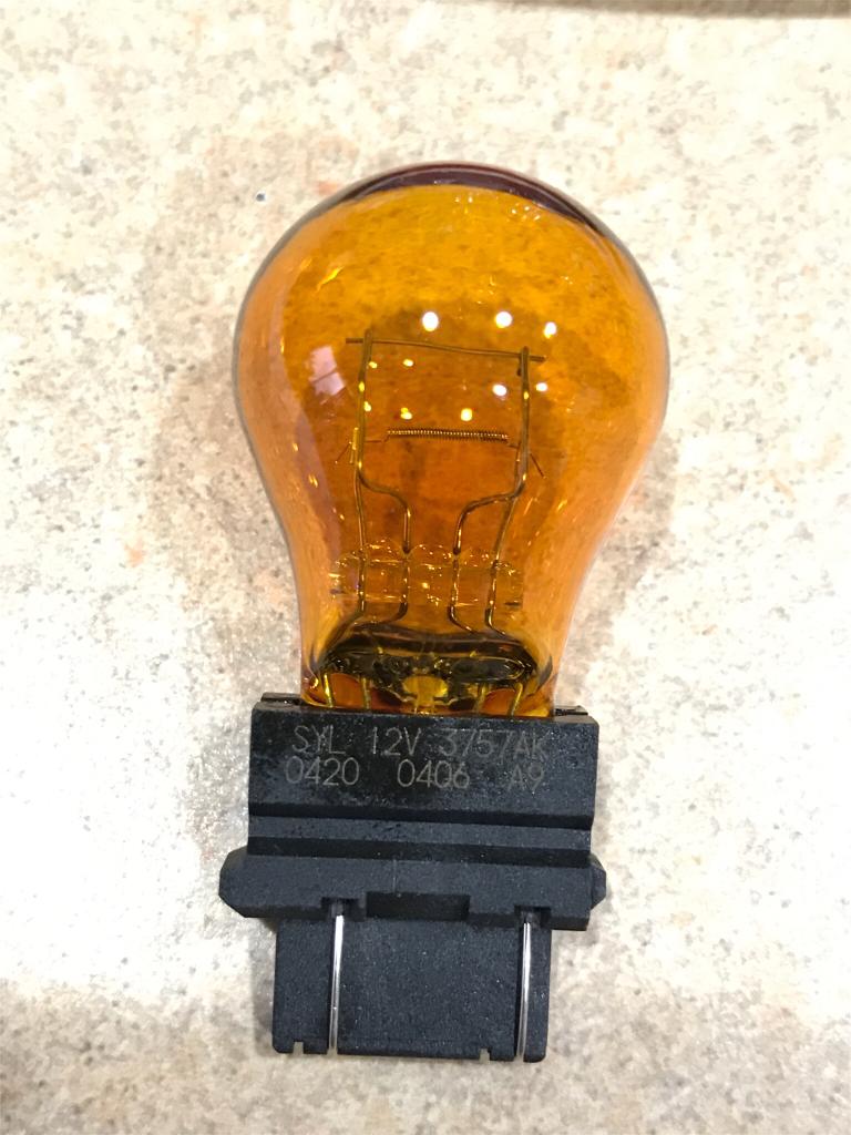 3757 Silver Chrome Natural Yellow Bulb