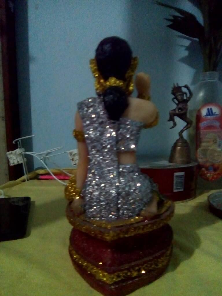 Tượng Nữ thần mua bán của Thái Lan