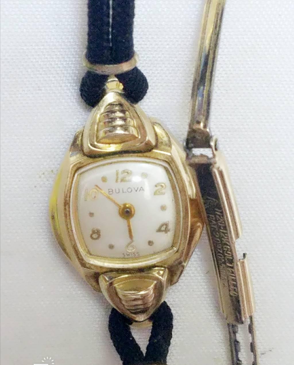 Đồng hồ nữ lên dây Thụy Sỹ BULOVA 12KT