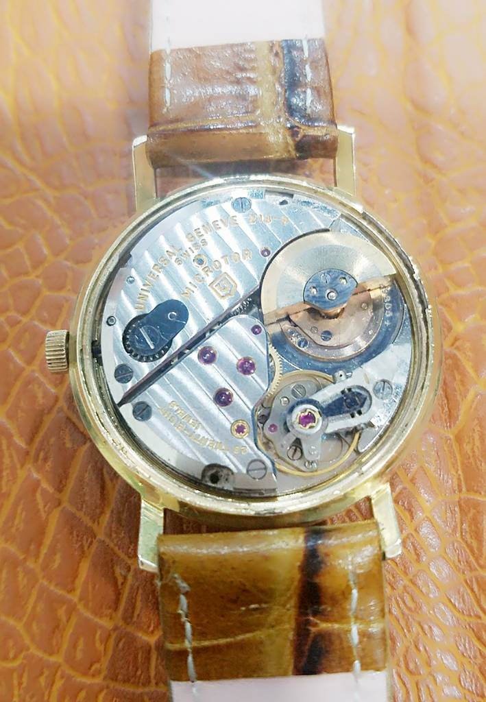 Đồng hồ Thụy Sỹ UNIVERSAL GENEVA