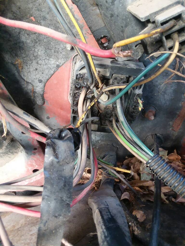 Wiring Harness Question 78 Silveradosolved Rear Lamp Firewall Scrap Wire The Middle Piece Is For Headlights Signal Lights And Then Theres This On Far Rightthe That Wasnt Included I Also Need