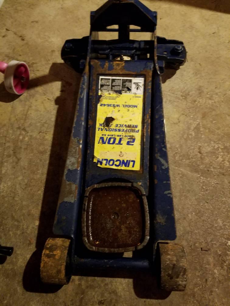 Lincoln 2 ton W93642 Floor Jack worth $40? - The Garage