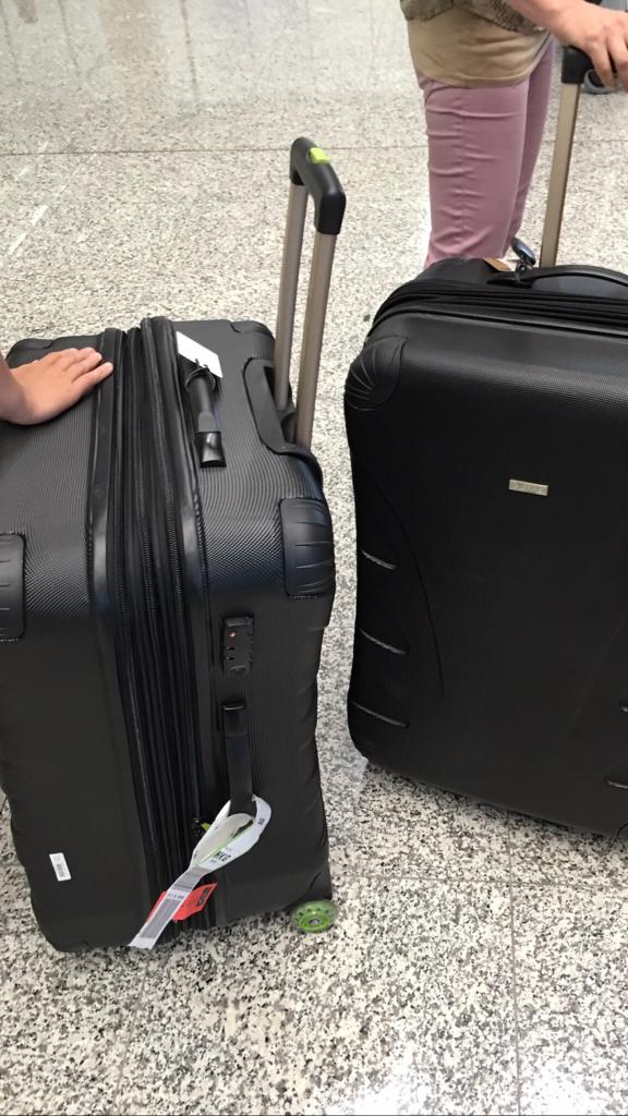 Val av resväskor för småbarnsfamilj samt hur stor vågan man