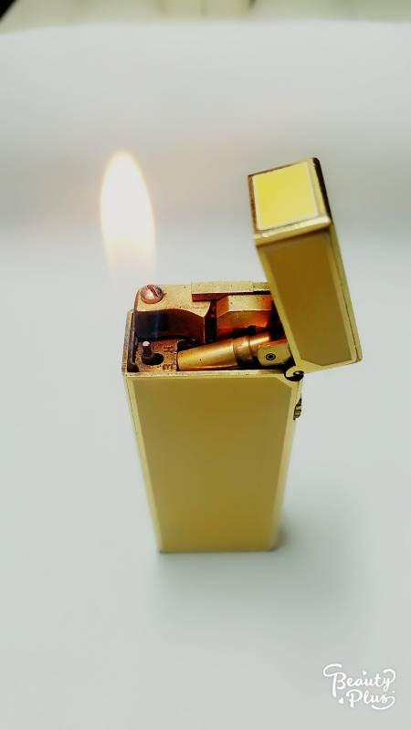 Bật lửa ga đá DUNHILL men vàng