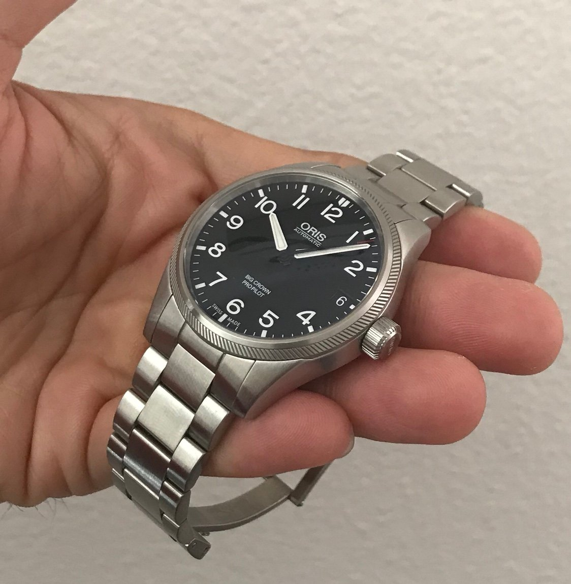 Functions Date Hour Minute Second Casual Watch Style Oris Crown Propilot Automatic Black Dial Stainless Steel 751 7697 4164mb