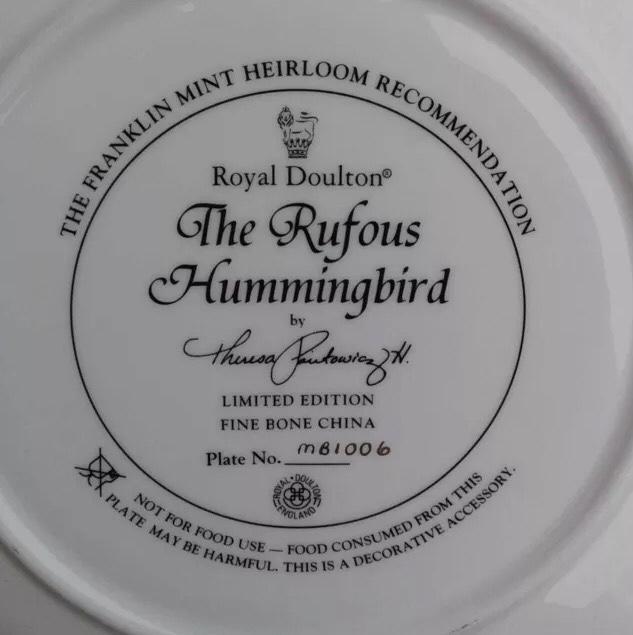 2tr9/ 1 đĩa sứ Royal Doulton...