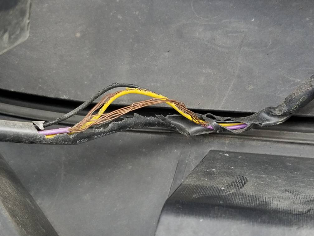 eb7437805aab19c65f72e6a68e45b35c silveradosierra com \u2022 found some burnt wires electrical