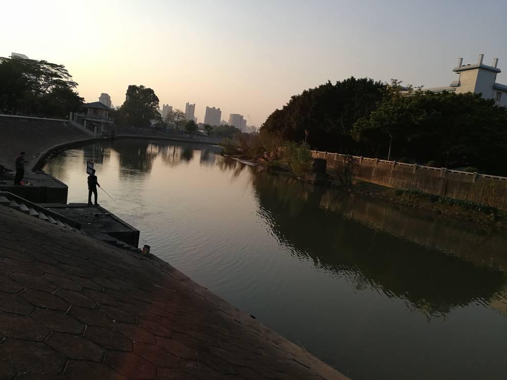 Qing river i ostale Oholijeve avanture po Kini - Page 3 2fd25b06e18793ca40cada9f9ccc3b76