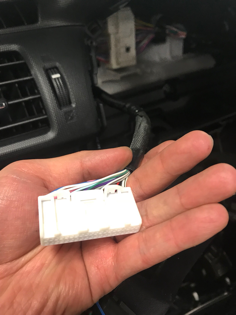 Help need to tab speed wire and ign wire behind dash toyota the wiring require to tab the speed wire and ign wire from behind the dash just wondering if anyone know which wire to tab greentooth Choice Image