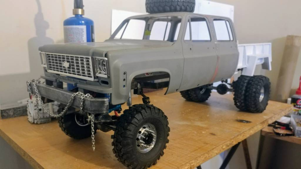 ISO square body Chevy crew cab hard body | The RCSparks Studio