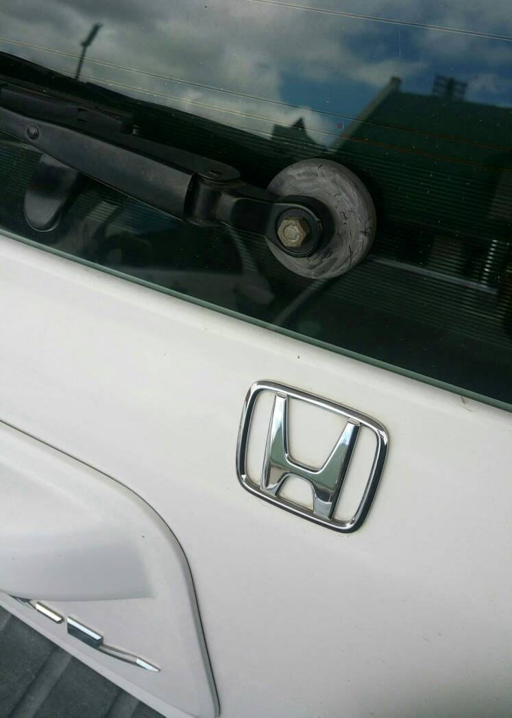 How To Safely Remove Rear Window Wiper Arm Honda Cr V Owners Club Forums
