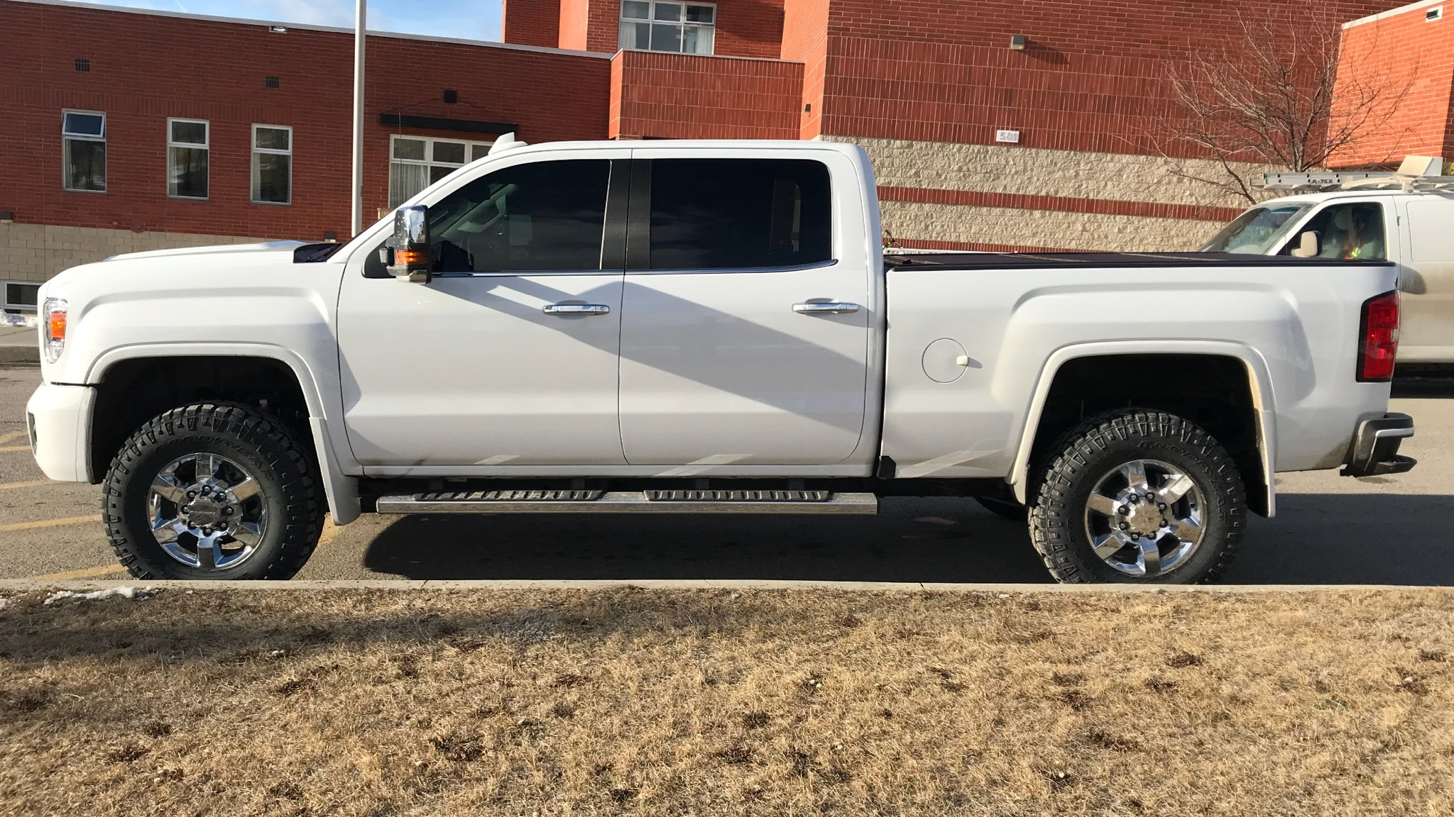 295 60r20 on Torsion Bar cranked 2016 - Chevy and GMC ...